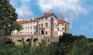 Zahájení sezóny na zámku Nelahozeves
