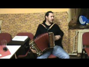 zpívání s harmonikou Pavla Ericha @ Klubovna Zagarolská | Nelahozeves | Česko